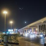 Bild 5. Die Kreuzung vor dem Hotel, inkl. Flugzeug.