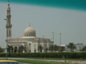 Bild 9. Die sog. Blaue Moschee, die größte Dubais.
