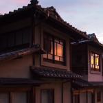 Bild 36. Der Sonnenuntergang, wie er sich im Fenster spiegelt.